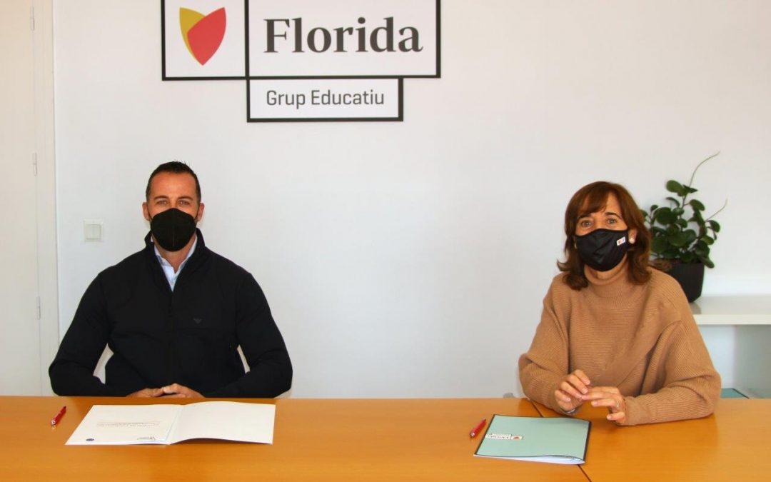 Florida Universitària firma un convenio con Adiestramiento Valencia