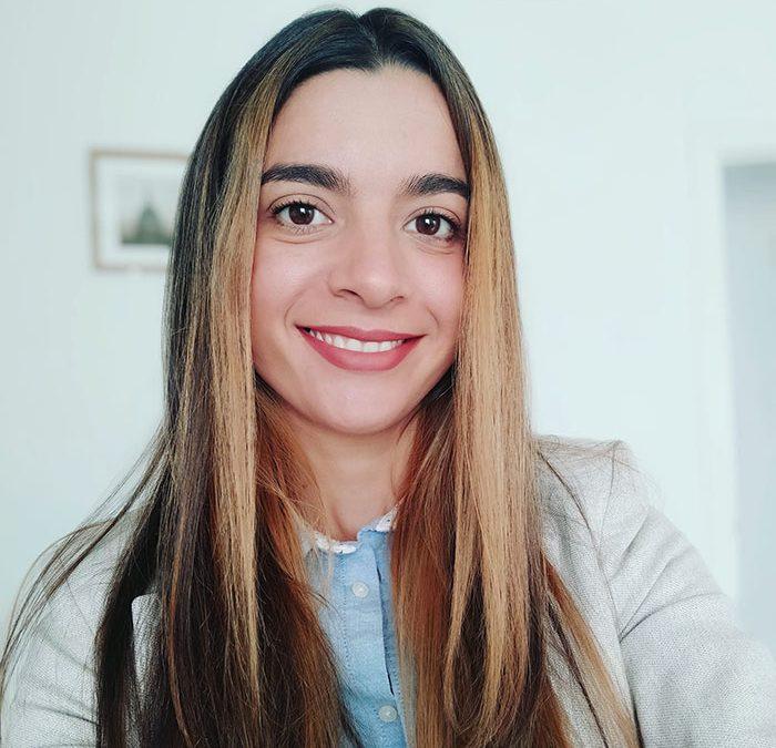 """Liseth Monticone: """"En Florida Universitària desarrollé la capacidad de resolver problemas y de desarrollar la autonomía en la toma de decisionesy en el trabajo en equipo"""""""