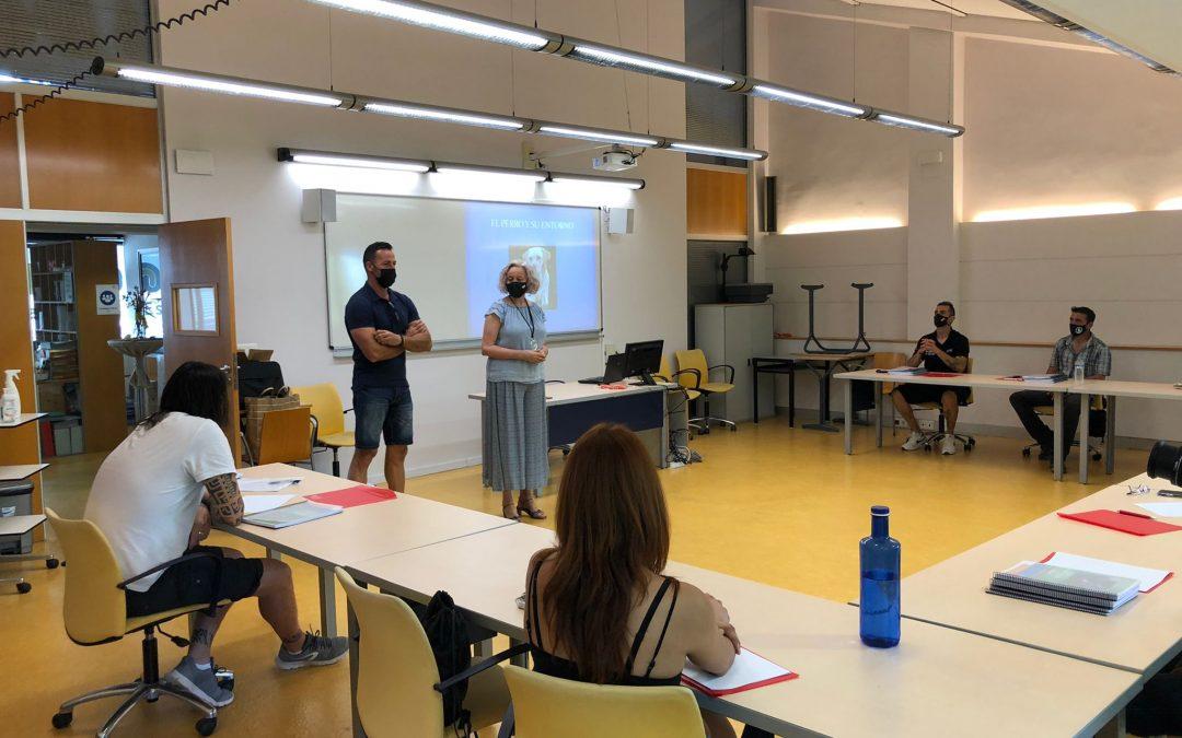 Florida Universitària y Adiestramiento Valencia inician el curso de Adiestrador Canino Profesional